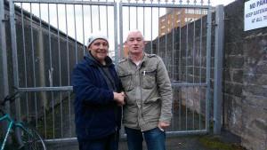 Darren Tosh (l) congratulates Trevor McDonald on winning 1st Open NIPA Mullingar for Coleraine Premier HPS